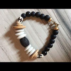 Jewelry - Stretchy black and white bracelet